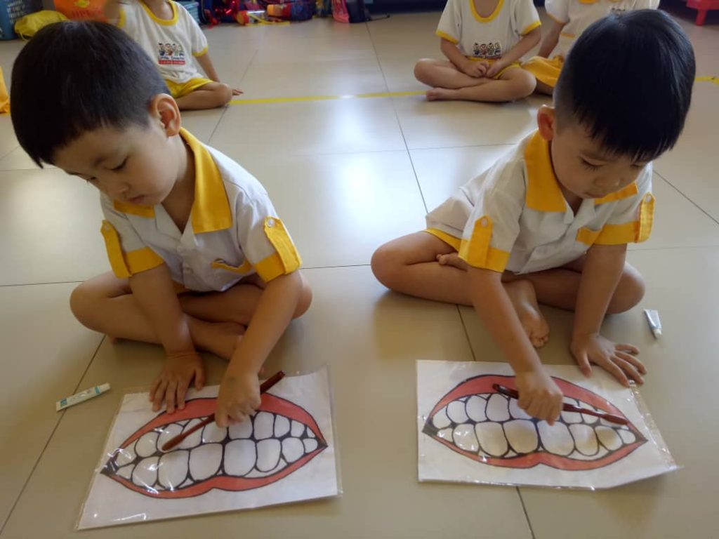 Nursery practical Preschool classes Preschool programme